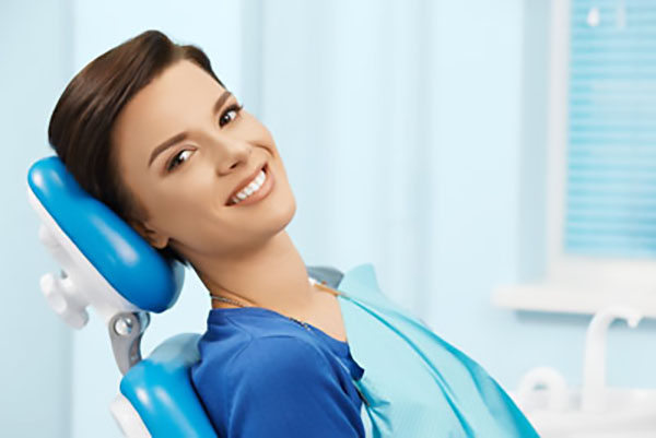 Talking To Your Dentist About Cosmetic Dentistry Options [A Guide]